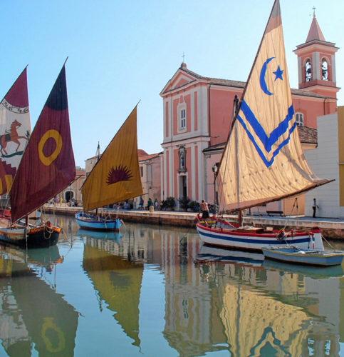Der Hafen vom schönen Ort Cesenatico.