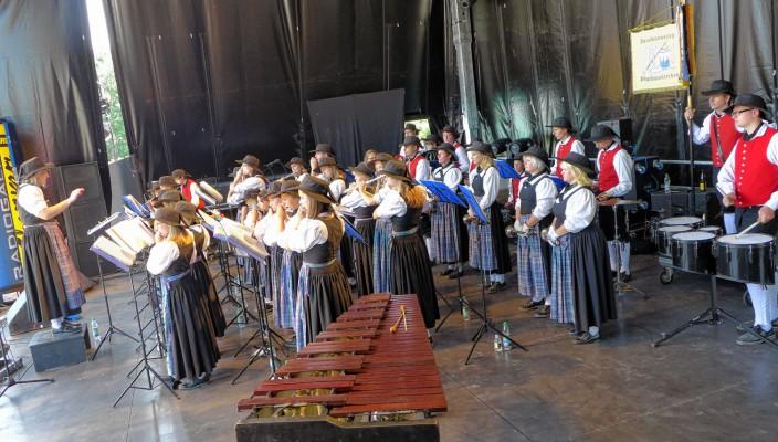 Auch beim Sommerfestival in Rosenheim war der Spielmannszug dabei.
