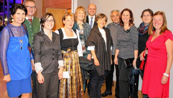 Zuversichtlich in die neue Saison - die Stadtführer mit VKR-Geschäftsführer Peter Lutz (Mitte hinten) nach ihrem Treffen im KU'KO.