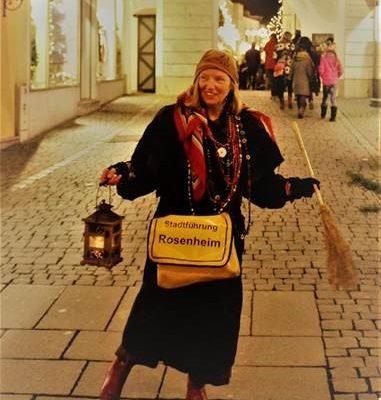 Nachts unterwegs mit Hexe Rosi. Foto: vkr