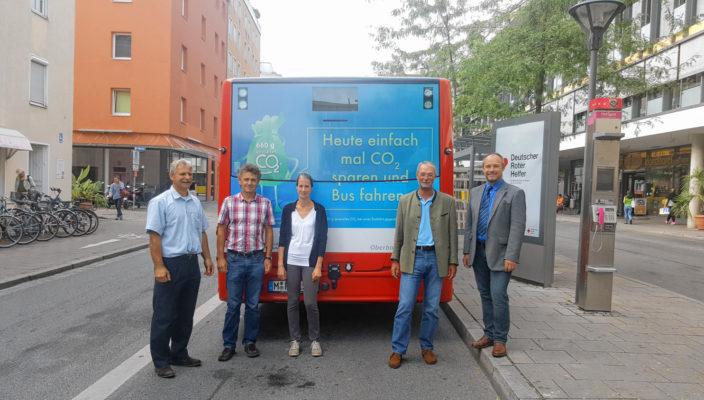 Von links: Dietmar Bauer (technischer Leiter RVO-Niederlassung Rosenheim); Johann Zagler, Cornelia Viebach (beide RoVG), Michael Schmidt (Leiter Marketing und Finanzen der RVO-Niederlassung Ost), Ingmar Töppel (SVR).