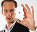 Zauber-Künstler Andreas Maier. Foto: fkn