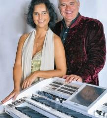 Claudia Hirschfeld und Johannes Groß (German Tenors) sind dabei beim Tastenfestival in Bad Aibling.