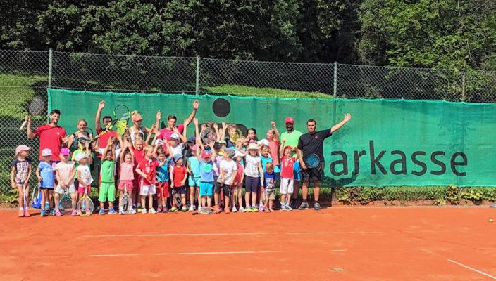Tennis macht auch kleinen Sportlern Spaß!