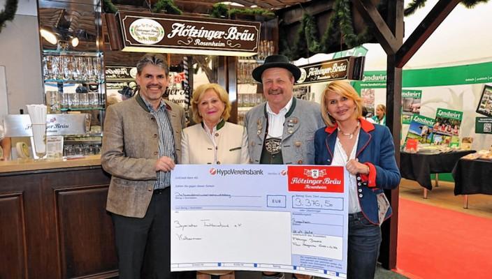 Wolfgang Dichtl, Martha Steegmüller, Walter Weinzierl und Marisa Steegmüller. Foto: Schlecker