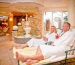 Entspannen Sie im 4-Sterne-Hotel Alpina in Gerlos/Österreich.