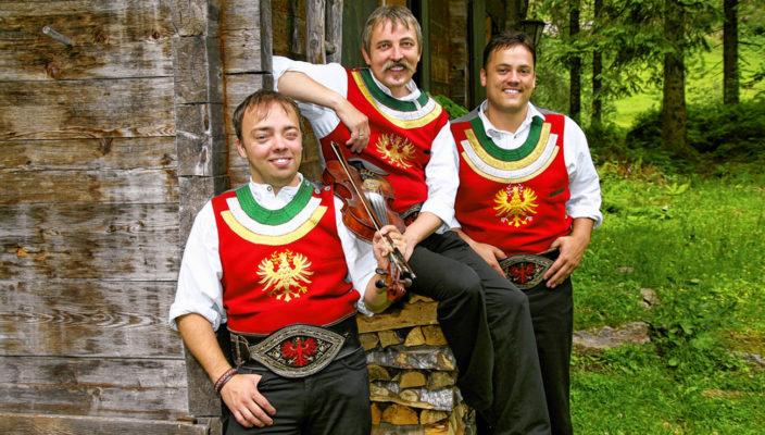 Die drei Vollblutmusiker sind in Rosenheim zu Gast.