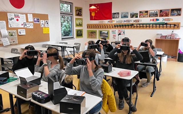 """Mit den """"Virtual Reality""""-Brillen hat man das Gefühl, sich einer anderen Realität zu befinden."""