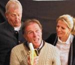 Robert Mayr, Hannes Ginthör und Angelika Heigermoser (von links) stehen beim neuen Stück auf der Bühne.