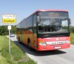 Der Wanderbus auf dem Weg zum Samerberg.