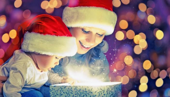 ..wie gut, wenn sie dann jemanden finden, der mit ihnen den Zauber der Weihnacht teilt. Fotos: i-stock