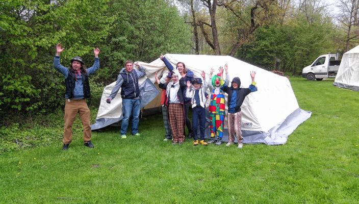 Viel Spaß versprechen die neuen Zelte, die von der Sparkassenstiftung gesponsort wurden.