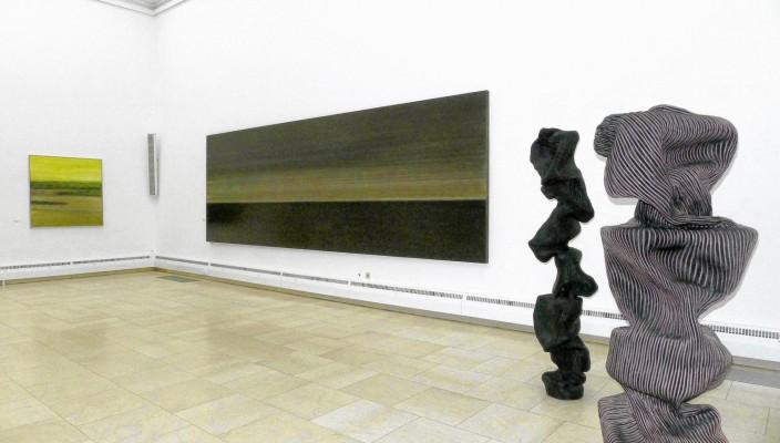 Bilder von Peter Lang und Skulpturen von Susanne Thiemann. Foto: Jacobi