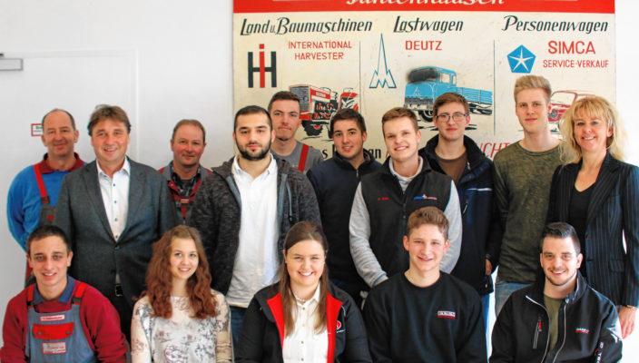 16 Auszubildende haben ihre Abschlussprüfung erfolgreich absolviert. Foto: re